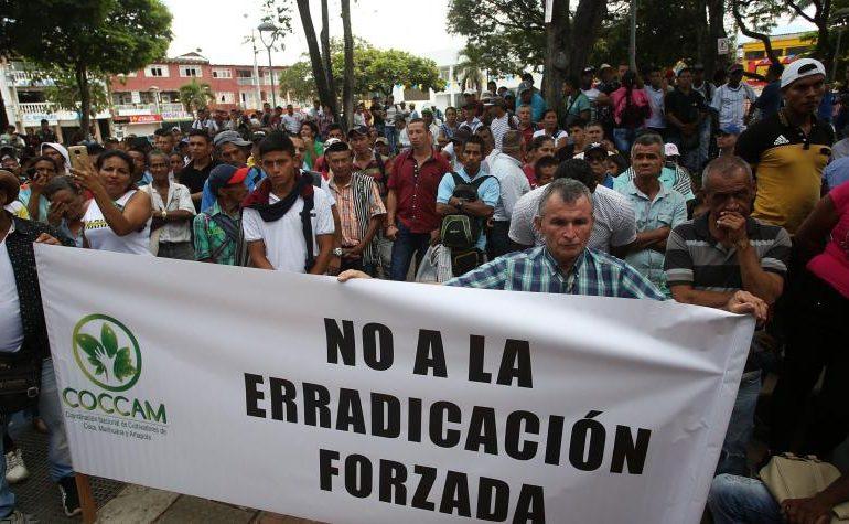 Trotz Pandemie: Morde und Drohungen gegen KleinbauernführerInnen und gewaltsame Kokaausrottung