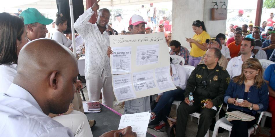 Rohstoffsektor und Agrobusiness nutzen die Pandemie, um ethnische und Umweltrechte zu beschränken